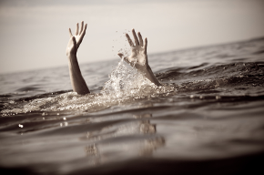 drowning2